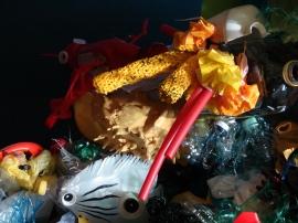 plastic reef 1